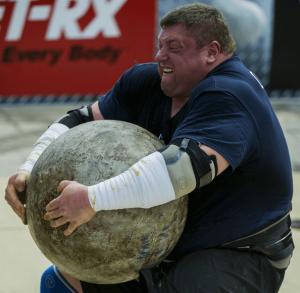 Zydrunas Savickas - World-strongest man lifting atlas stone